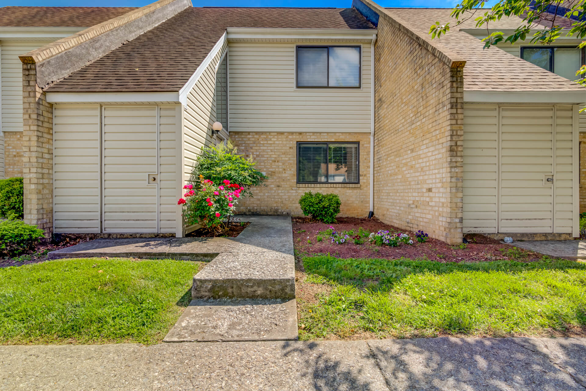 21-3464 Colonial Ave_BentTree-7-18